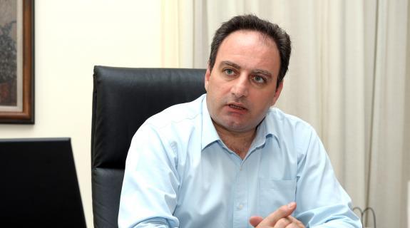 ΑΚΕΛ: Τουλάχιστον θεσμικά αδόκιμη η επίθεση Εισαγγελέα κατά Ελεγκτή