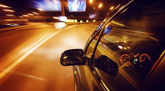 Τον πανικό στον αυτο/δρομο σκόρπισε 62χρονος οδηγός τύφλα στο μεθύσι (ΒΙΝΤΕΟ)
