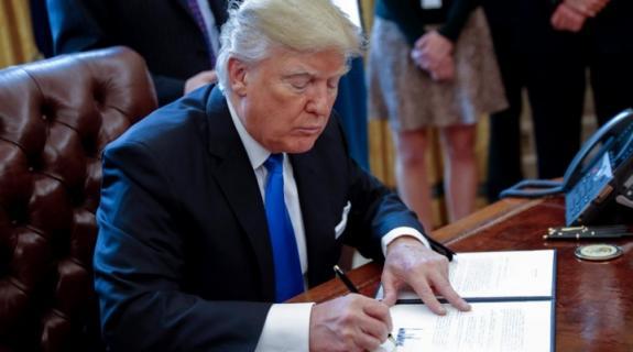 Τι καταγράφουν οι δύο διμηνιαίες εκθέσεις του Προέδρου Τραμπ για την Κύπρο