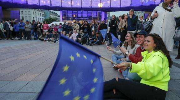 Πώς κατανέμονται οι έδρες στο Ευρωπαϊκό Κοινοβούλιο