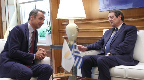 Ενημέρωσε τον Πρόεδρο Αναστασιάδη για τη συνάντηση του με Ερντογάν ο Μητσοτάκης