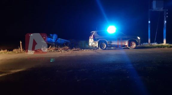 Ανατράπηκε όχημα της ΕΦ σε χωράφι στο δρόμο Αυγόρου-Φρενάρους (ΦΩΤΟ)