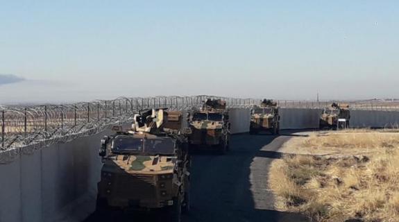 Κούρδοι πετροβόλησαν ρωσοτουρκική περίπολο στη Συρία μετά τον θάνατο διαδηλωτή