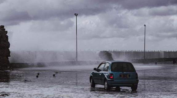 Πώς μπορούμε να αυτοπροστατευθούμε από πλημμύρες ενόψει του χειμώνα; (ΒΙΝΤΕΟ)