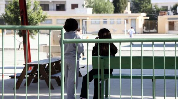 Μητέρα κατήγγειλε απόπειρα αρπαγής των δύο της παιδιών από το σχολείο