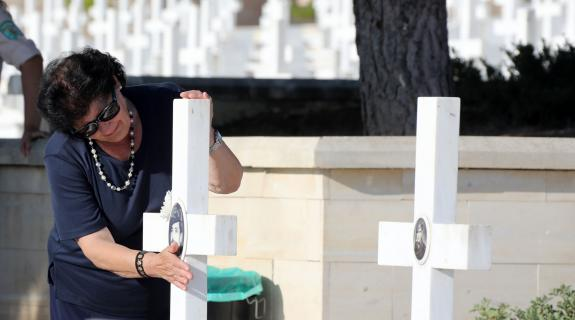 BINTEO: Ήχησαν ξανά οι σειρήνες για την μαύρη επέτειο του πραξικοπήματος