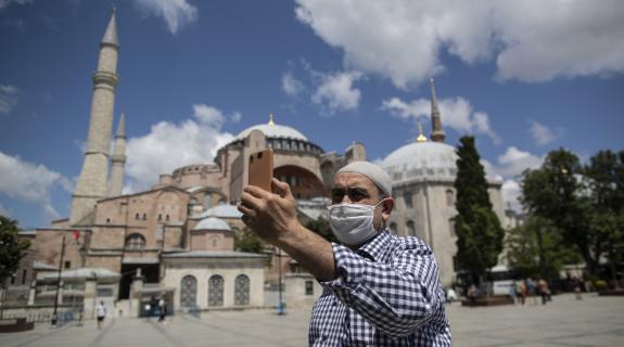 Ερντογάν εναντίον όλων με την Αγία Σοφία στο επίκεντρο της διεθνούς κοινότητας