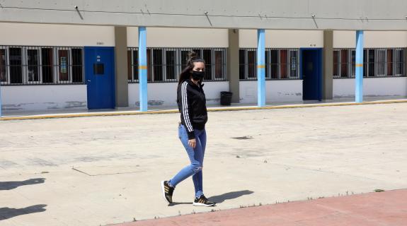Θετική στον κορωνοϊό μαθήτρια λυκείου στη Λεμεσό