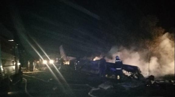 Ουκρανία: 22 νεκροί, 2 επιζώντες και 4 αγνοούμενοι από τη συντριβή αεροσκάφους