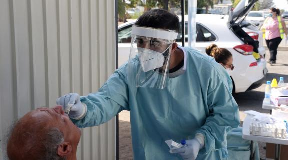 91 νέα κρούσματα κορωνοϊού ανακοίνωσε το Υπουργείο Υγείας