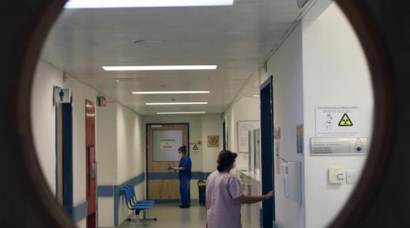 Στα όριά το νοσοκομείο αναφοράς, στους 70 οι νοσηλευόμενοι με κορωνοϊό