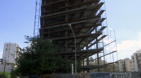 Ένα επικίνδυνο κτίριο φάντασμα για 10 χρόνια στην ;&kapp