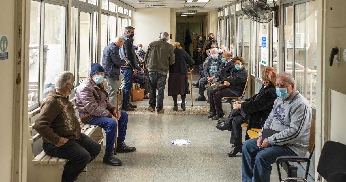 Μέχρι σήμερα, περισσότεροι από 160.000 Κύπριοι έχουν εμβολιαστεί κατά του κοροναϊού (VIDEO)
