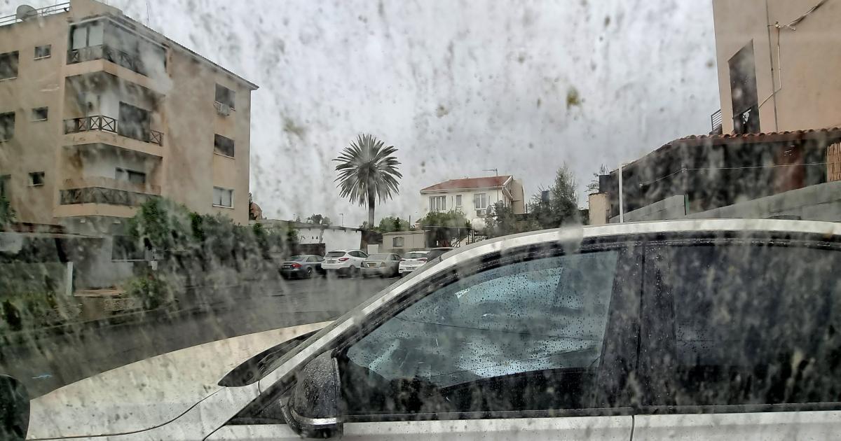 Η Κύπρος «πνίγεται» στη σκόνη, η θερμοκρασία φτάνει τους 27 βαθμούς Κελσίου
