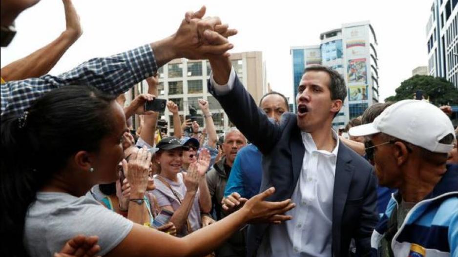 Βενεζουέλα  Η συνάντηση Γκουαϊδό με στέλεχη του κόμματος Μαδούρο 3b19c7ac879