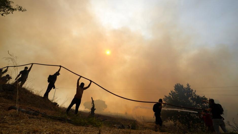Εθελοντής έβαζε φωτιές για να τις σβήνει ο ίδιος